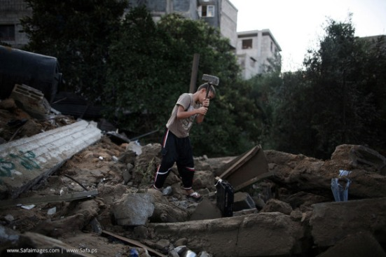 Gaza-under-attack-09-July-2014-photos-047