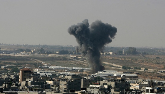 Gaza-under-attack-09-July-2014-photos-058