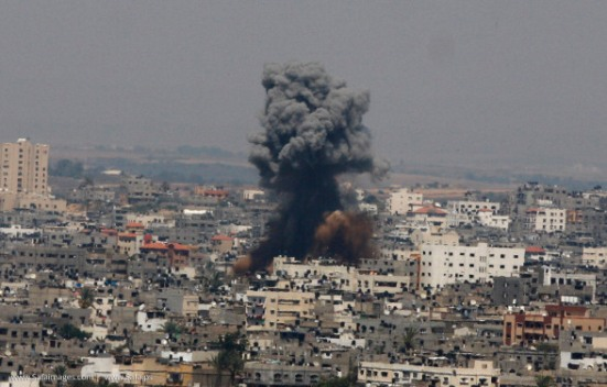 Gaza-under-attack-09-July-2014-photos-075