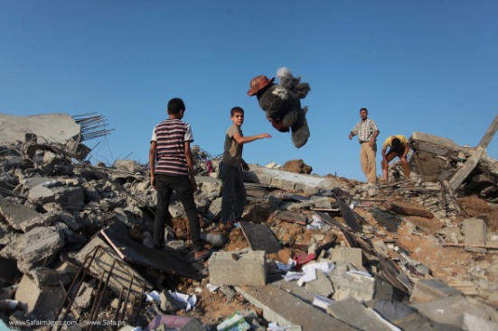 Gaza-under-attack-09-July-2014-photos-099