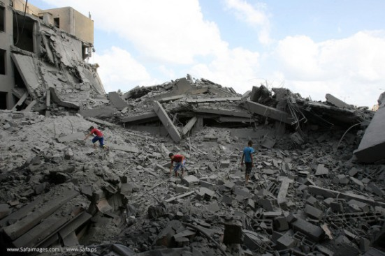 Gaza-under-attack-15-July-2014-photos-images-023