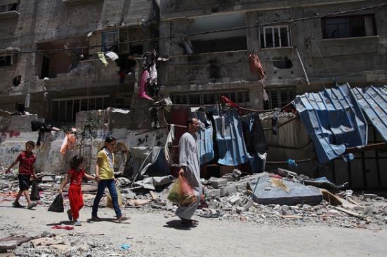 Gaza-under-attack-15-July-2014-photos-images-043