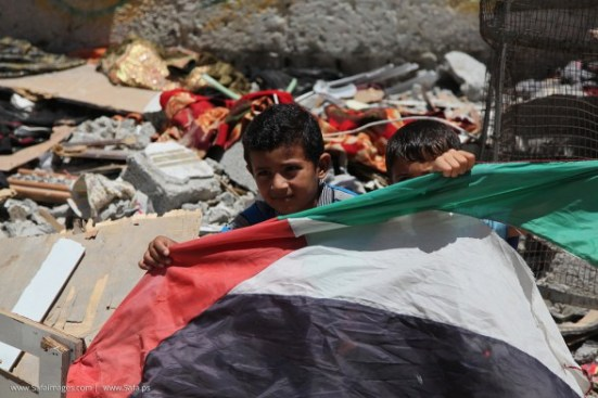 Gaza-under-attack-15-July-2014-photos-images-045