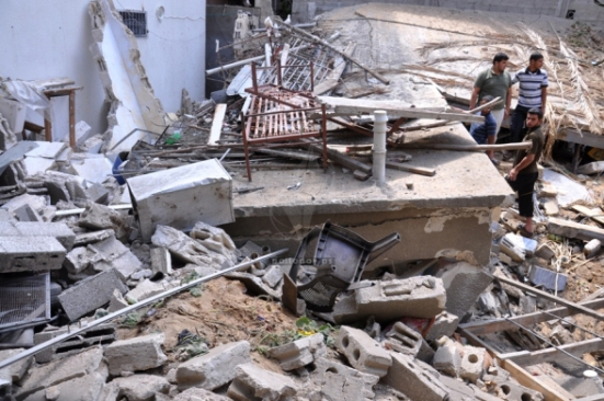 Gaza-under-attack-15-July-2014-photos-images-051