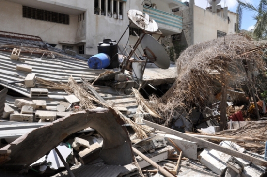Gaza-under-attack-15-July-2014-photos-images-064