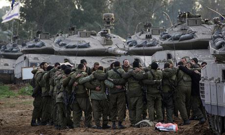 Israeli-soldiers-prepare--003